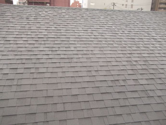 セメント瓦(S型)から軽量でメンテナンス不要のシングル屋根材へ!